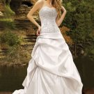 White Strapless Ball Gown Beaded Taffeta Wedding Gown(y0918004)