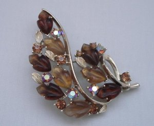 BROOCH (PIN): Lisner Vintage Women's Leaf