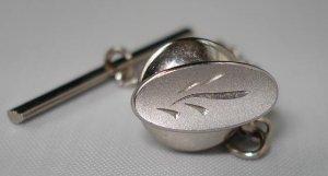 TIE PIN: Men's Swan Silvertone Line Design