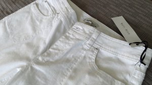 white house black market jeans 8R