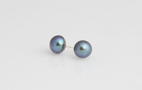 8-9 mm Black Pearl Stud Earrings