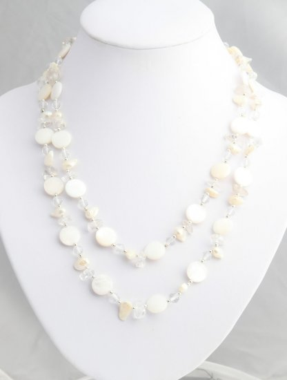 Long shell and white pearl strand
