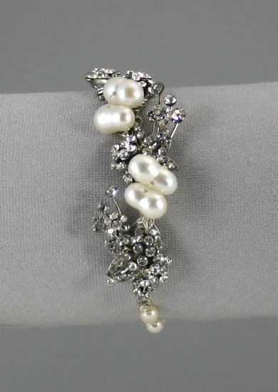 Pearl Bracelet        ep2001