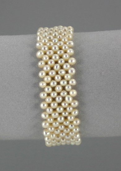 Pearl Bracelet        ep2020