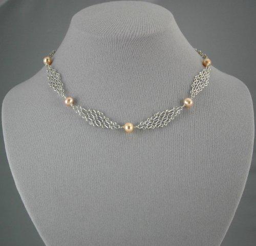 Silver Mesh Chain Peach Pearl Necklace