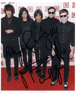 The Horrors FULLY SIGNED 8&quot; x 10&quot; Photo COA 100% Genuine