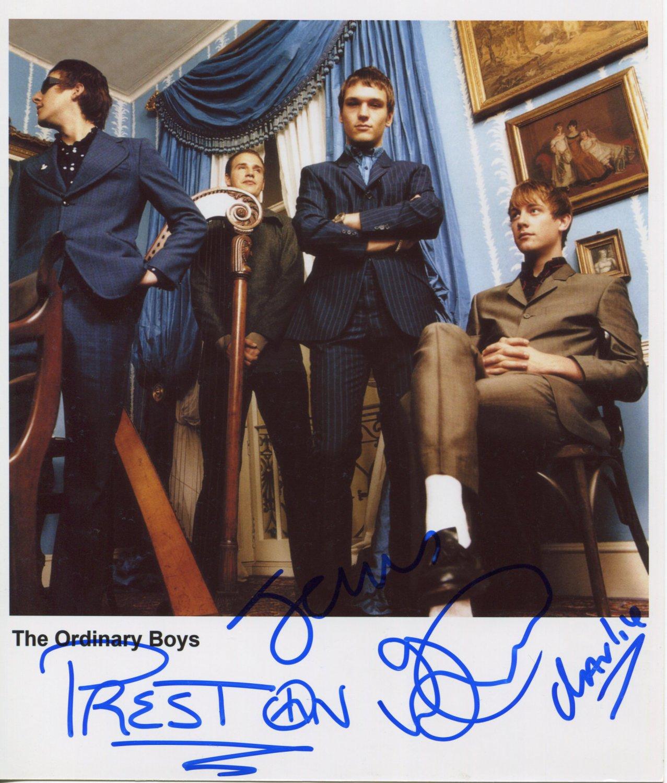 """The Ordinary Boys FULLY SIGNED 8"""" x 10"""" Photo COA 100% Genuine"""