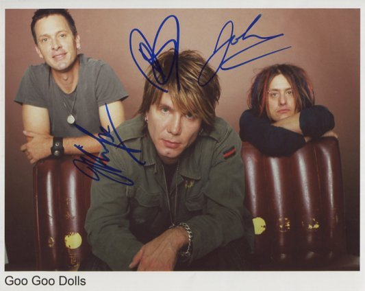 """The Goo Goo Dolls FULLY SIGNED 8"""" x 10"""" Photo + Certificate Of Authentication  100% Genuine"""