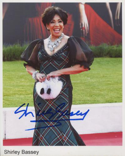 Dame Shirley Bassey SIGNED Photo + Certificate Of Authentication 100% Genuine