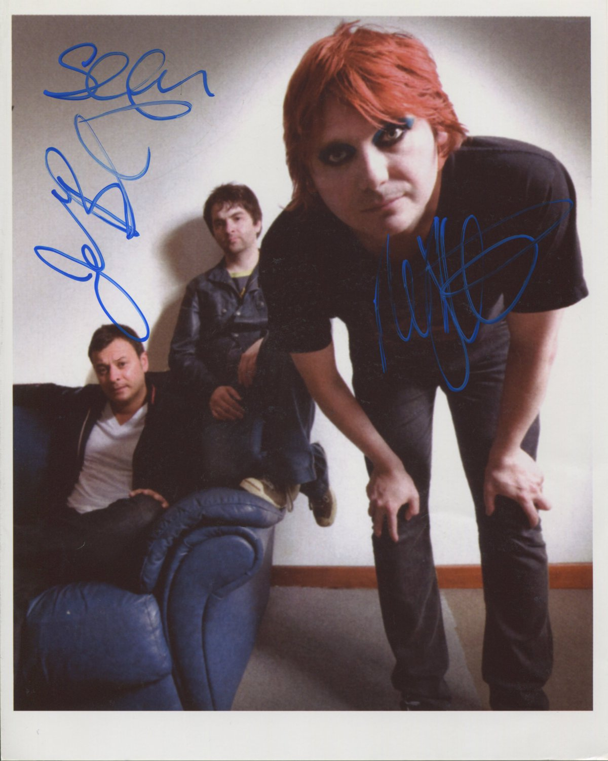 Manic Street Preachers FULLY SIGNED 8 x1 0 Photo + Certificate Of Authentication 100% Genuine
