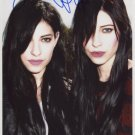 "The Veronicas (Band) FULLY SIGNED 8"" x 10"" Photo + Certificate Of Authentication 100% Genuine"