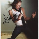 Avril Lavigne SIGNED Photo + Certificate Of Authentication  100% Genuine