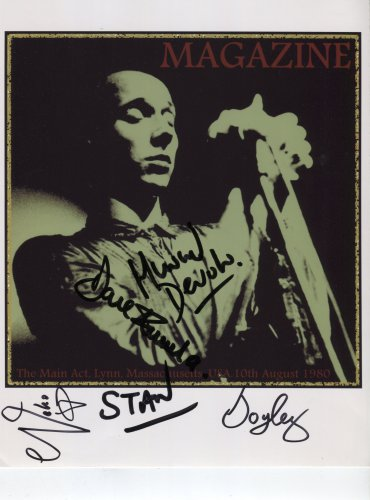 "Magazine Buzzcocks SIGNED 8"" x 10"" Photo + Certificate Of Authentication  100% Genuine"