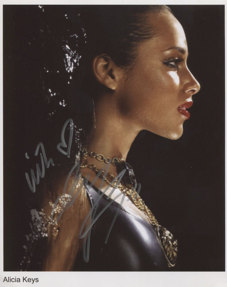 """Alicia Keys SIGNED 8"""" x 10"""" Photo + Certificate Of Authentication 100% Genuine"""