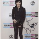 """Joan Jett SIGNED 8"""" x 10"""" Photo + Certificate Of Authentication  100% Genuine"""