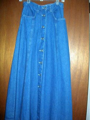 SZ 4  New York Line - NWOT - dark denim skirt...