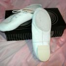 size 2.5 Child White Split Sole Jazz shoes SRP $43.50