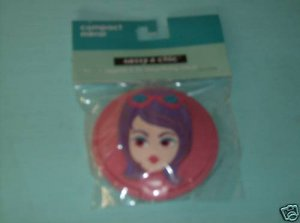 BRAND NEW FUN COMPACT MIRROR WITH GIRL FACE