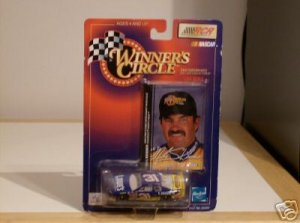 WINNERS CIRCLE NASCAR MIKE SKINNER DIE CAST COLLECTABLE
