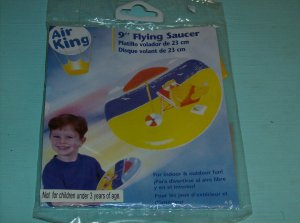 BRAND NEW 9 INCH FLYING SAUCER