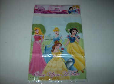 BRAND NEW DISNEY PRINCESS EIGHT TREAT BAGS WITH HANDLES
