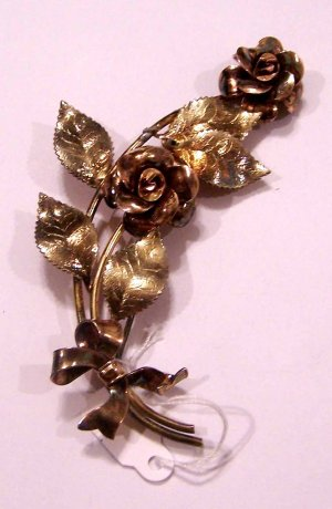 Vintage Beautiful Krementz Flower Brooch Signed Diana