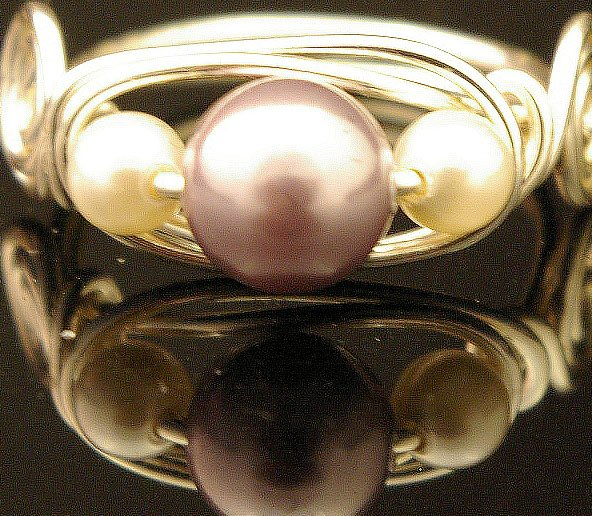Handmade Wire free form Ring (O Pearl)