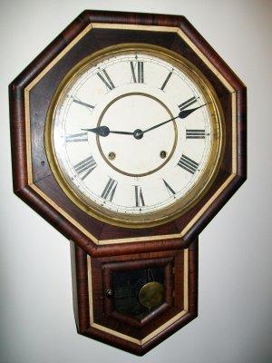 Waterbury Short Drop Antique Wall Clock
