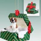 Pointer, Brown & White Green Gift Box Ornament