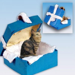 Maine Coon Brown Blue Gift Box Ornament