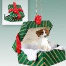 GGBD27B Brittany, Brown & White Green Gift Box Ornament