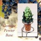 MTB02 Green Grapes Bottle Stopper