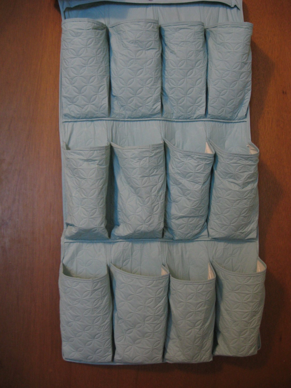 Vintage Hanging Shoe Organizer 12 Pockets Light Turquoise Quilted Style NICE