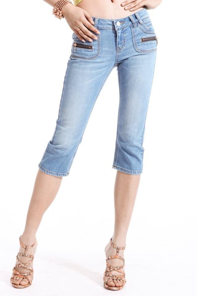 Women's Sexy Denim Lace Capris Size Large - Item #IFWDK9728