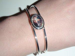 Lady of Shallot cuff bracelet