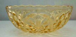 DAISY In OVAL Amber bowl Depression Glass EAPG