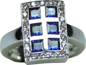MADE IN ITALY VALENZA 18K WHITE GOLD RING WITH 1.20 kt CARRE CUT BLUE SAPPHIRES AND 0.20 kt DIAMONDS