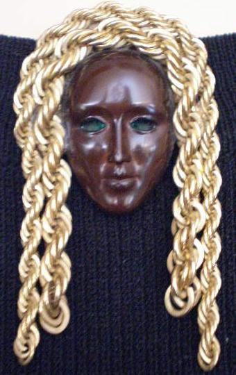 #P022 - Brown Face Mask Pin