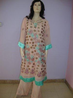 PAKAPPAREL :Sleeves and Kameez Daaman Style :08