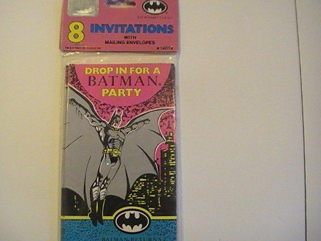 Unique BATMAN RETURNS Party Invitation Cards