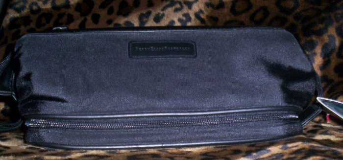 Perry Ellis Shaving Kit with Built-In Tie Case Travel Bag in Black
