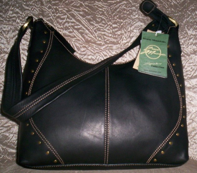 Stone Mountain Albuquerque Leather Hobo Shoulder Bag in Black