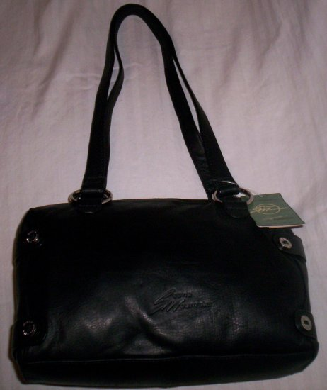 Stone Mountain Clearlake Leather Demi Shoulder Bag in Black