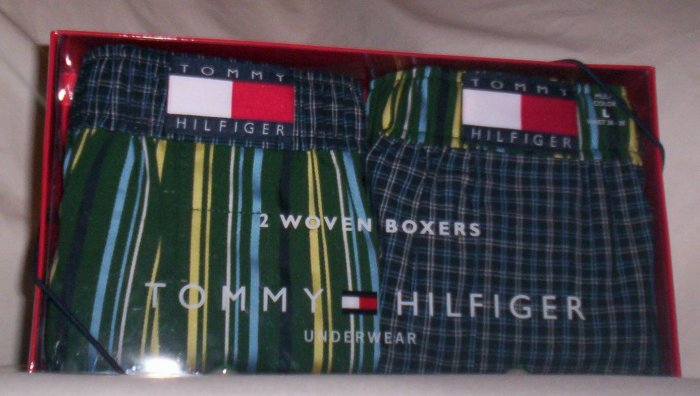 Gift Set of 2 Tommy Hilfiger Large Woven Boxers in Green and Navy Blue