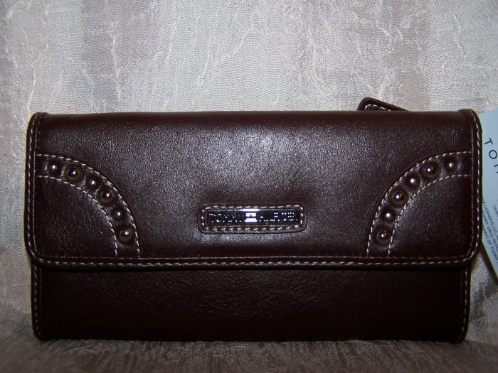 Tommy Hilfiger New Picture That Brown Leather Clutch Wallet with Checkbook Cover