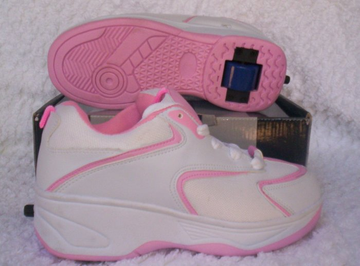 M Brand Heelies / Wheelies in White/Pink Youth Size 4