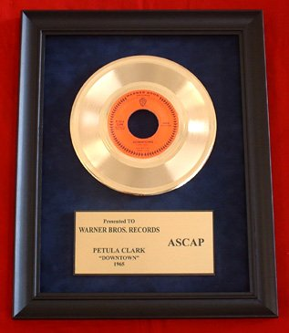 "PETULA CLARK VINTAGE GOLD 45 RECORD AWARD "" DOWNTOWN"""