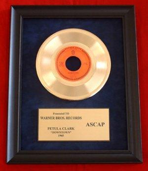 "PETULA CLARK VINTAGE GOLD 45 RECORD AWARD "" DOWNTOWN"""