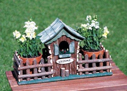 Wood Cabin Birdhouse Feeder