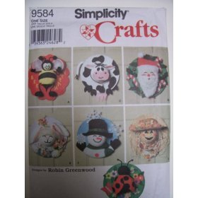 Simplicity Crafts 9584 Pattern Seasonal Door Decorations